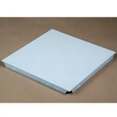 Потолочная панель р-р 600х600мм из алюминия 0,4мм с декоративным покрытием РЕ цвета (RAL 9016(белый)) (1 шт)